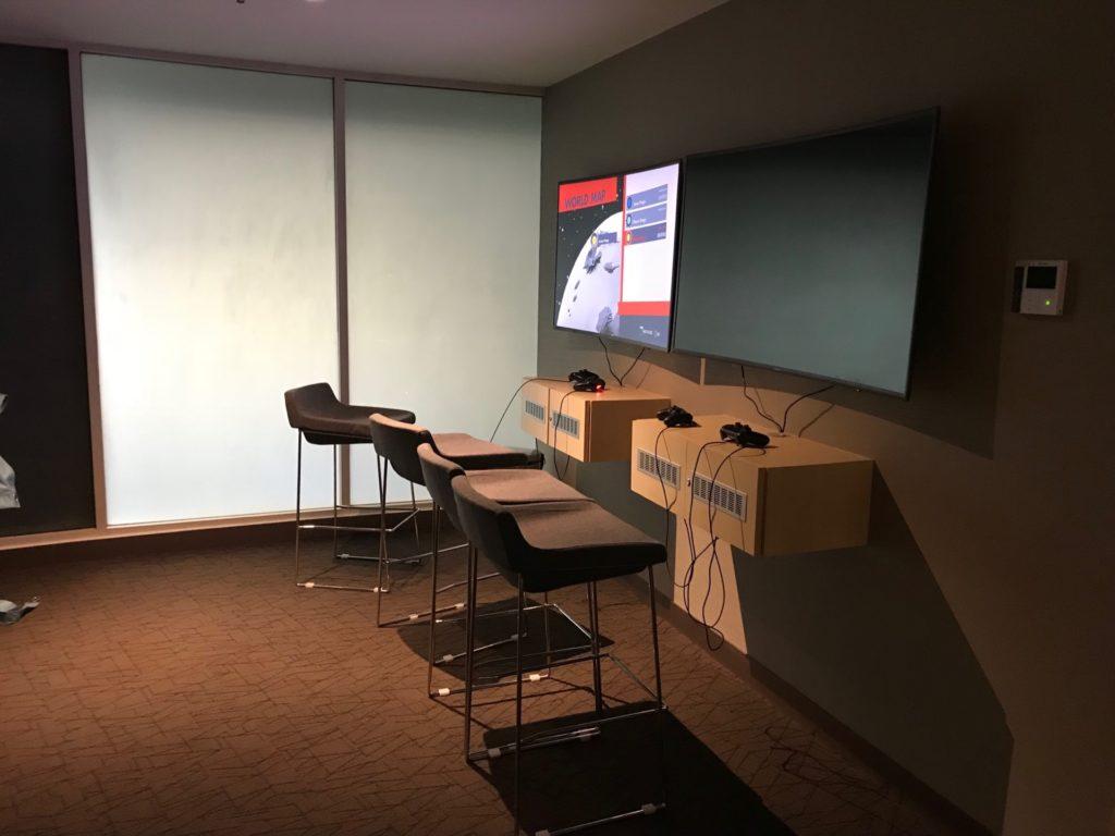 ロイヤルブルネイ航空の「SKY LOUNGE」のゲームコーナー