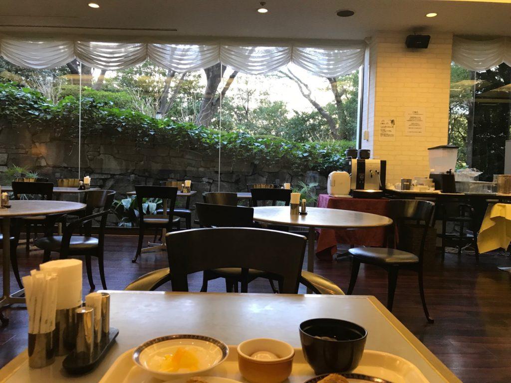 ホテルNCBのレストラン・ボンジュールの朝食バイキング。