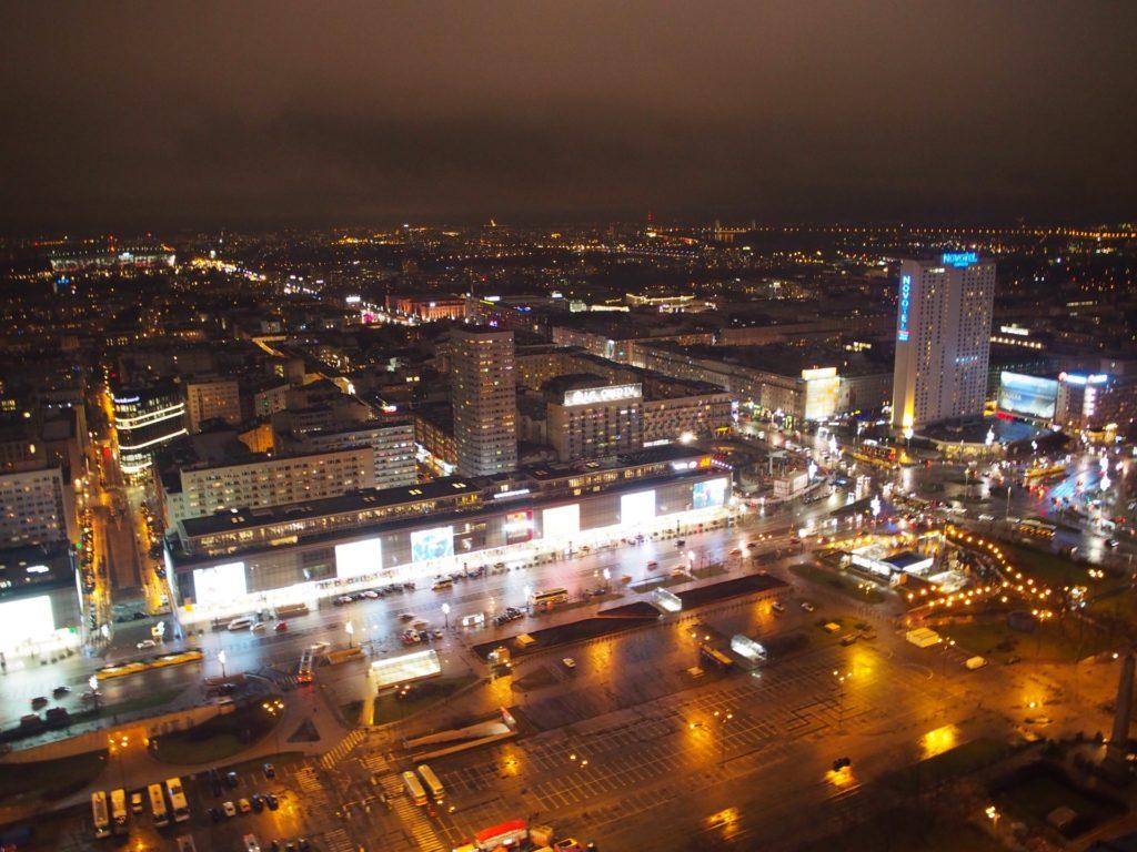 文化科学宮殿の展望テラスから見たワルシャワの夜景