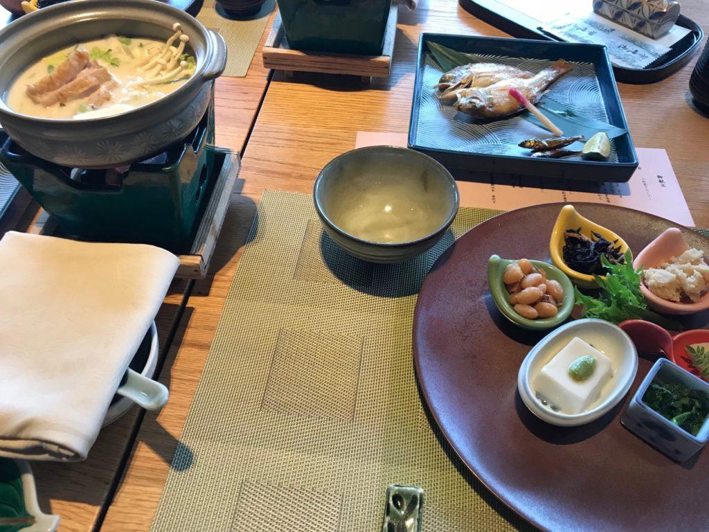 琵琶湖ホテルのレストラン「日本料理おおみ」の料理写真
