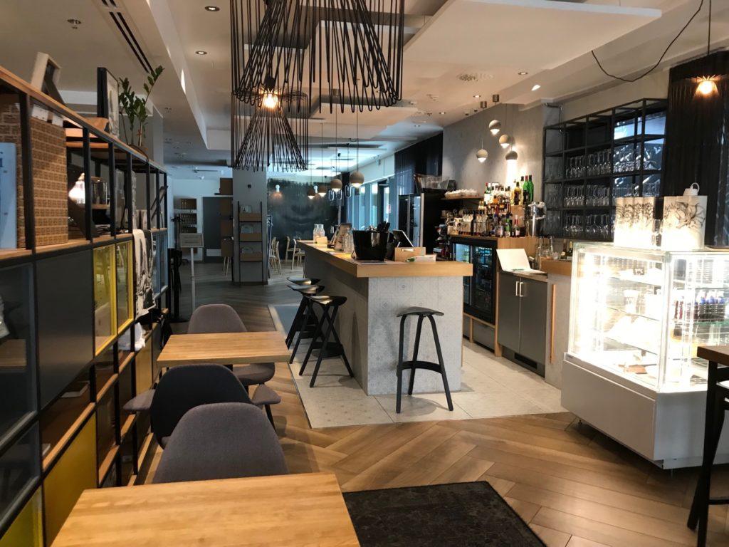 Hotel Indigo Helsinki - Boulevardのレストラン(Restaurant Bröd)