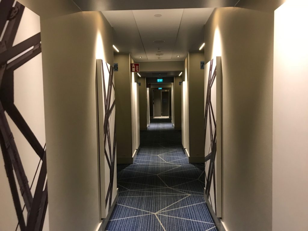 Hotel Indigo Helsinki - Boulevard客室フロア通路