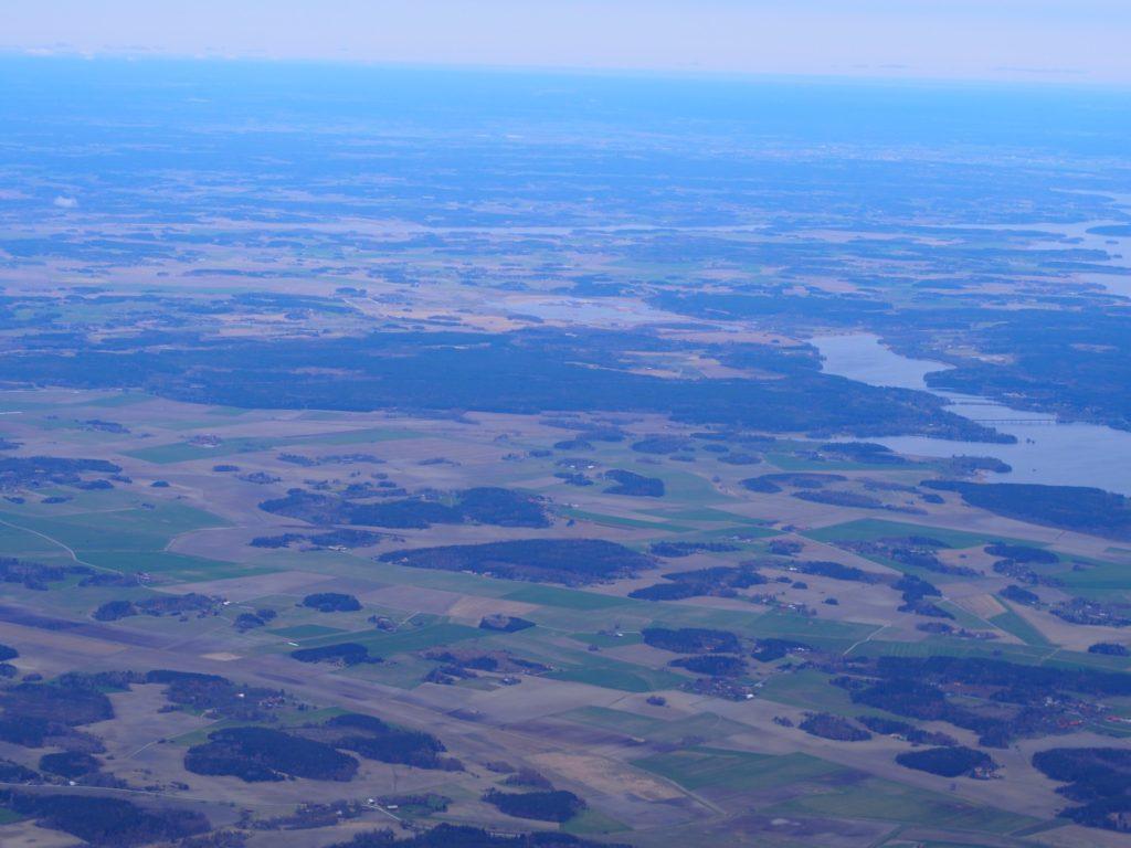 ユナイテッド航空から望むスウェーデンの景色