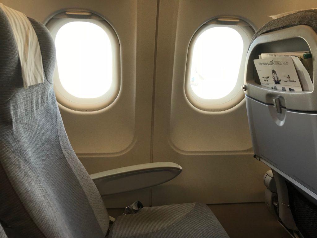フィンエアー(AY803)のエコノミークラス座席