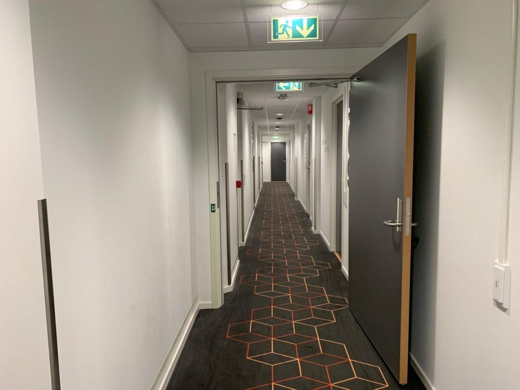 シティボックスベルゲンの客室フロア通路