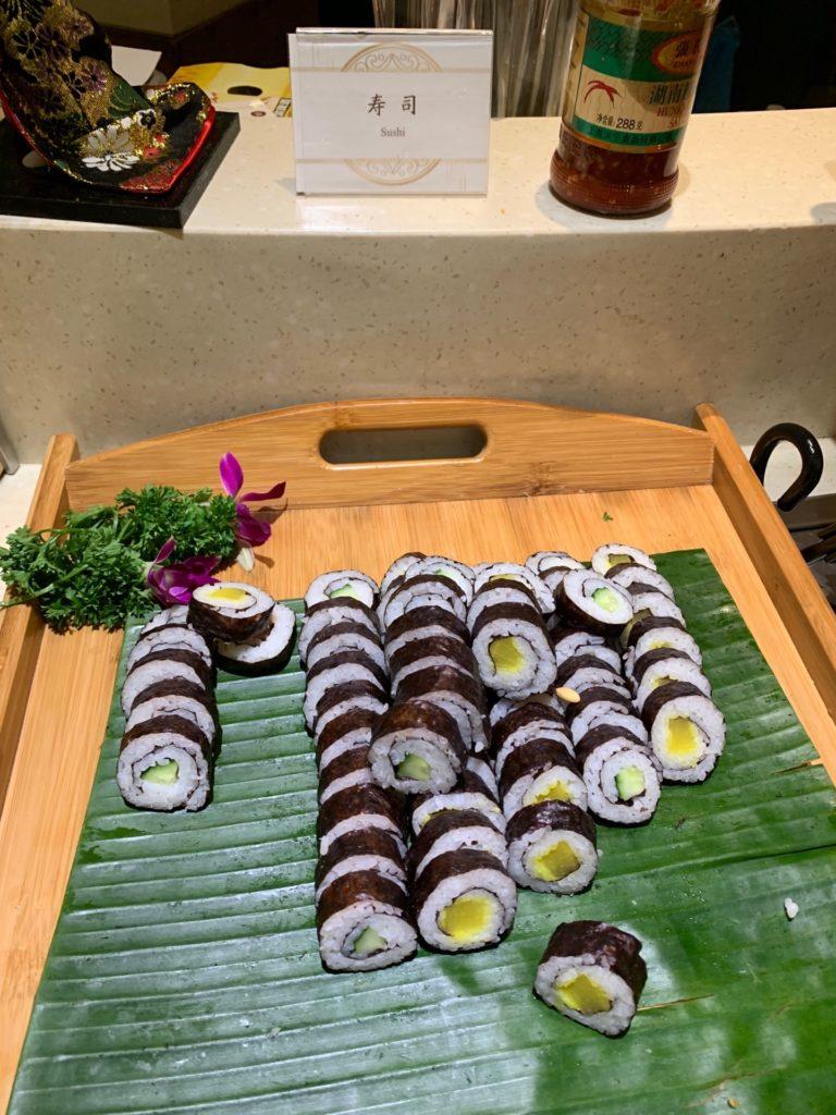 中国国際航空ラウンジの巻き寿司