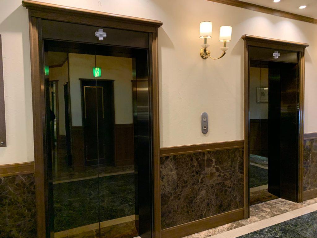 ホテルプラザ神戸のエレベーターホール