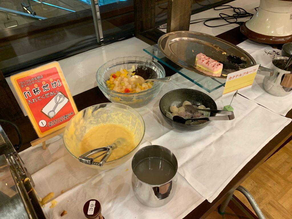 ホテルプラザ神戸のレストラン「カフェ マ・メール」の「国産牛ステーキバイキング」のデザート
