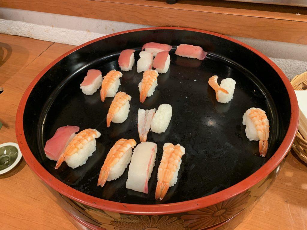 ホテルプラザ神戸のレストラン「カフェ マ・メール」の「国産牛ステーキバイキング」のお寿司