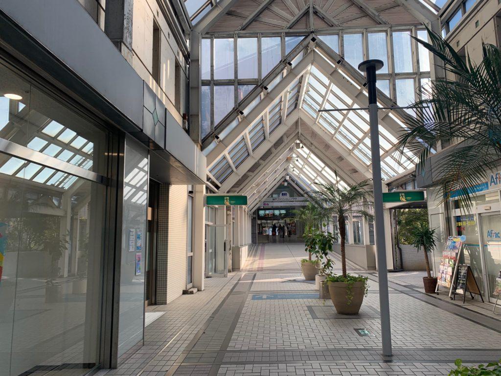 シェラトンスクエアからホテルプラザ神戸へ向かう通路