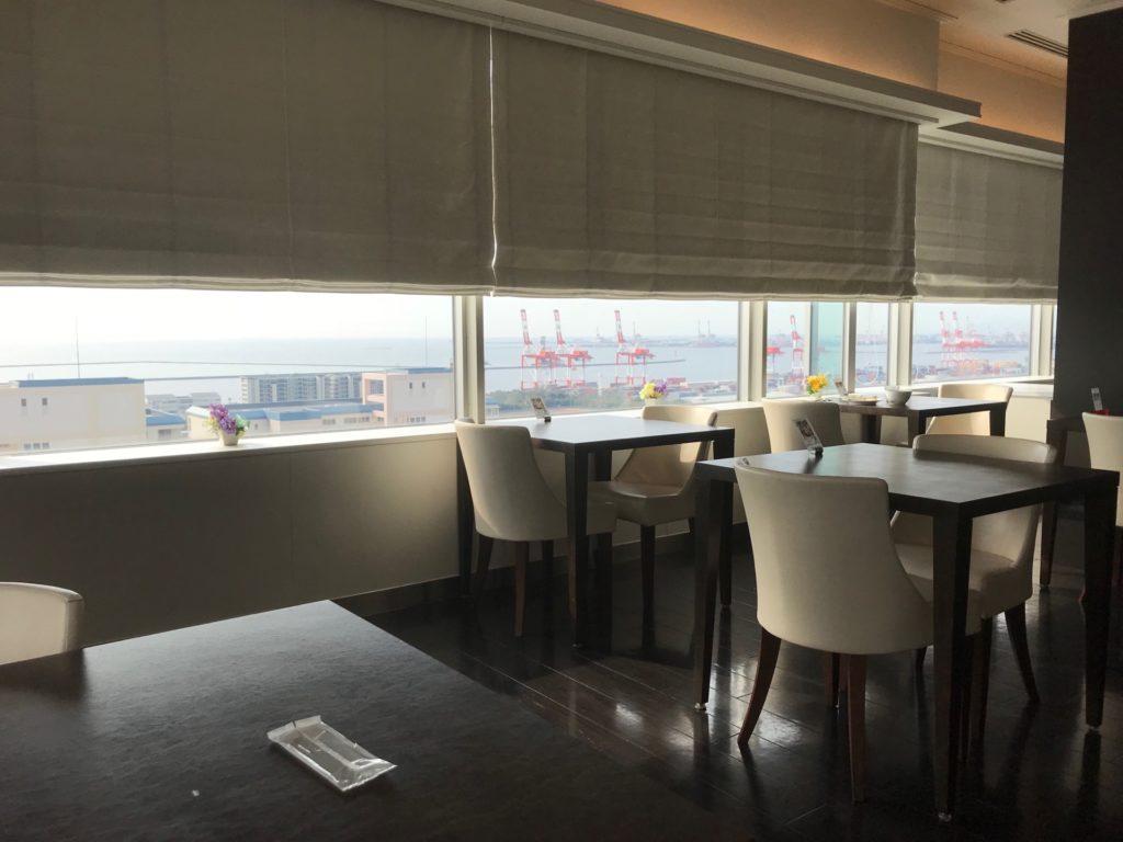 ホテルプラザ神戸のスマイリーネプチューンの朝食会場
