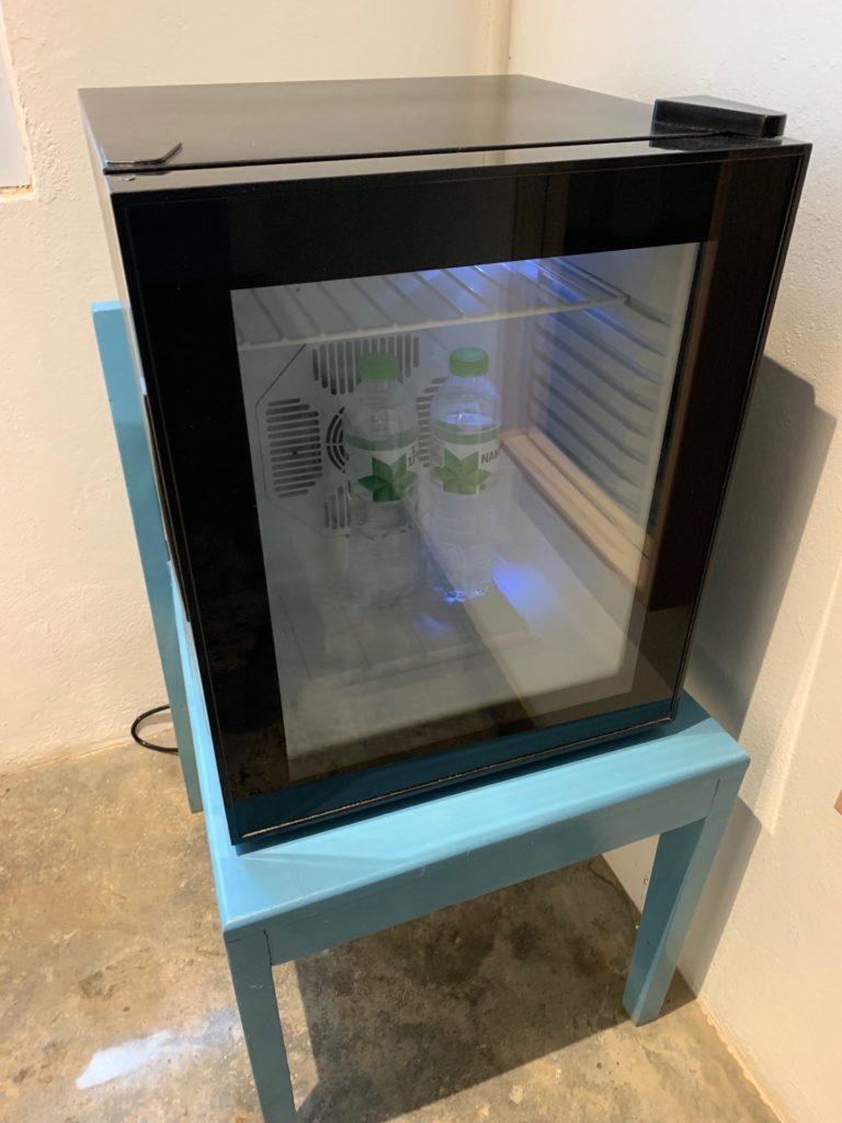 Mini S Hotel の客室内の冷蔵庫