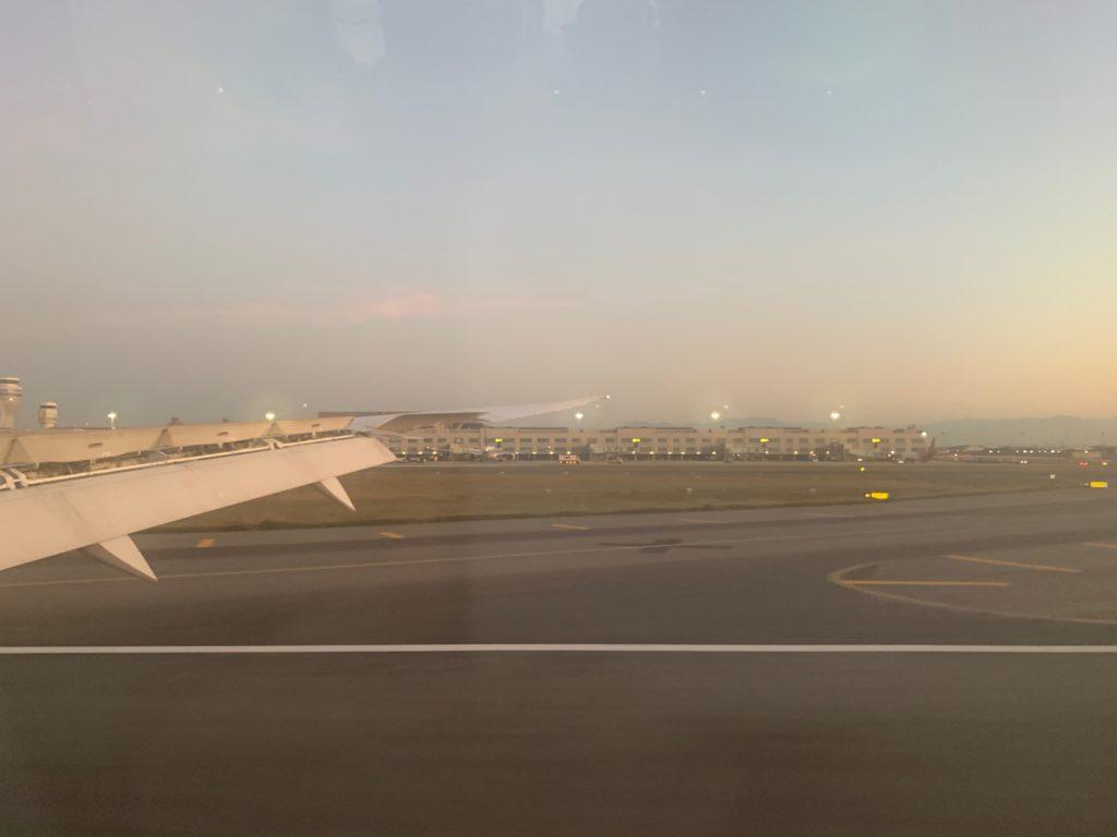 桃園国際空港の滑走路
