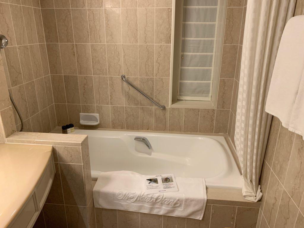 ホテルニューオータニ幕張のスーペリアルームのバスルーム