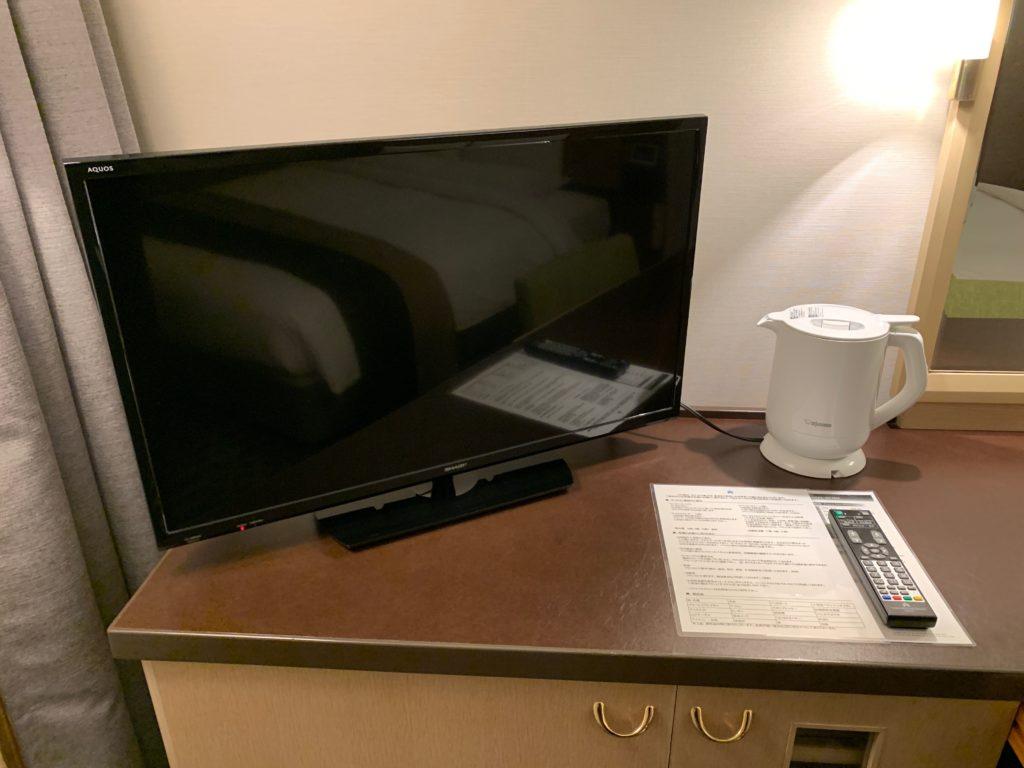 ホテル日航立川の客室のテレビ