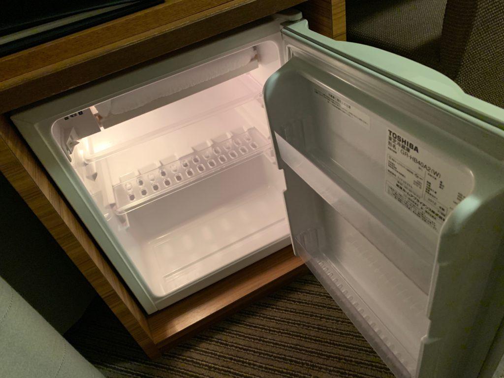 吉祥寺東急REIホテルのダブルルームの冷蔵庫
