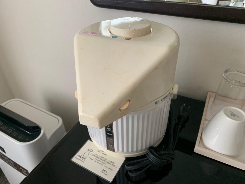 ホテルフランクスのスタイリッシュツインルームの電気ポット