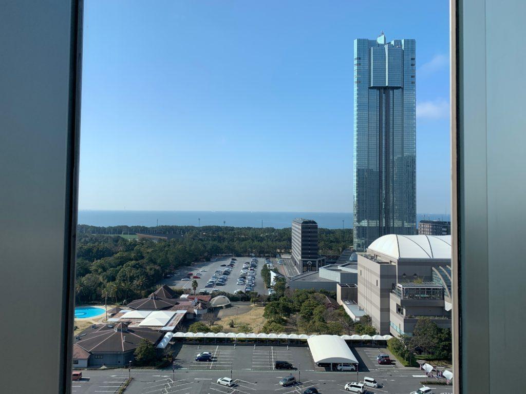 ホテルフランクスの14階の朝食ブッフェ会場からの眺望