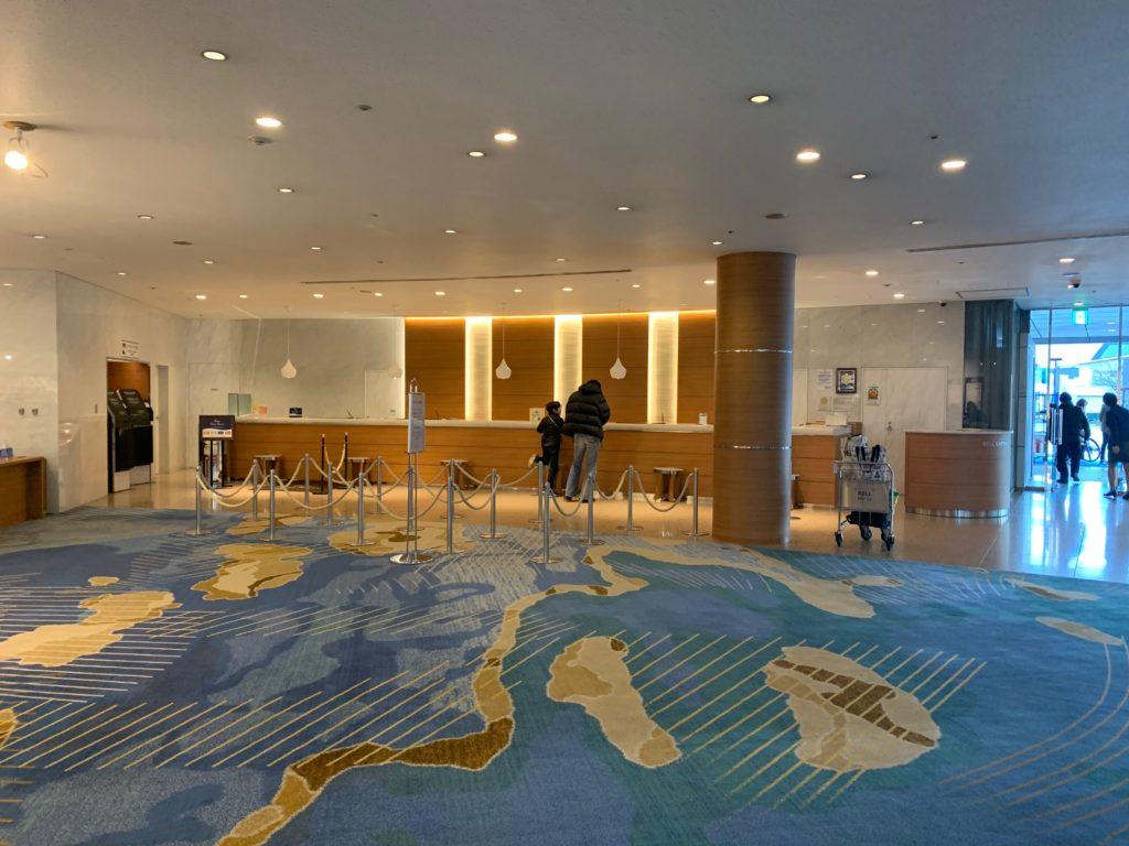 びわ湖大津プリンスホテルのフロント