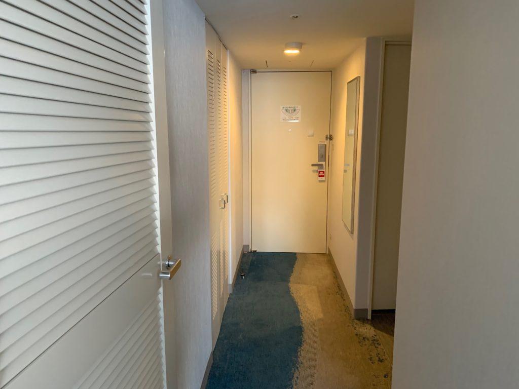 びわ湖大津プリンスホテルのスカイフロアツインルーム内の様子