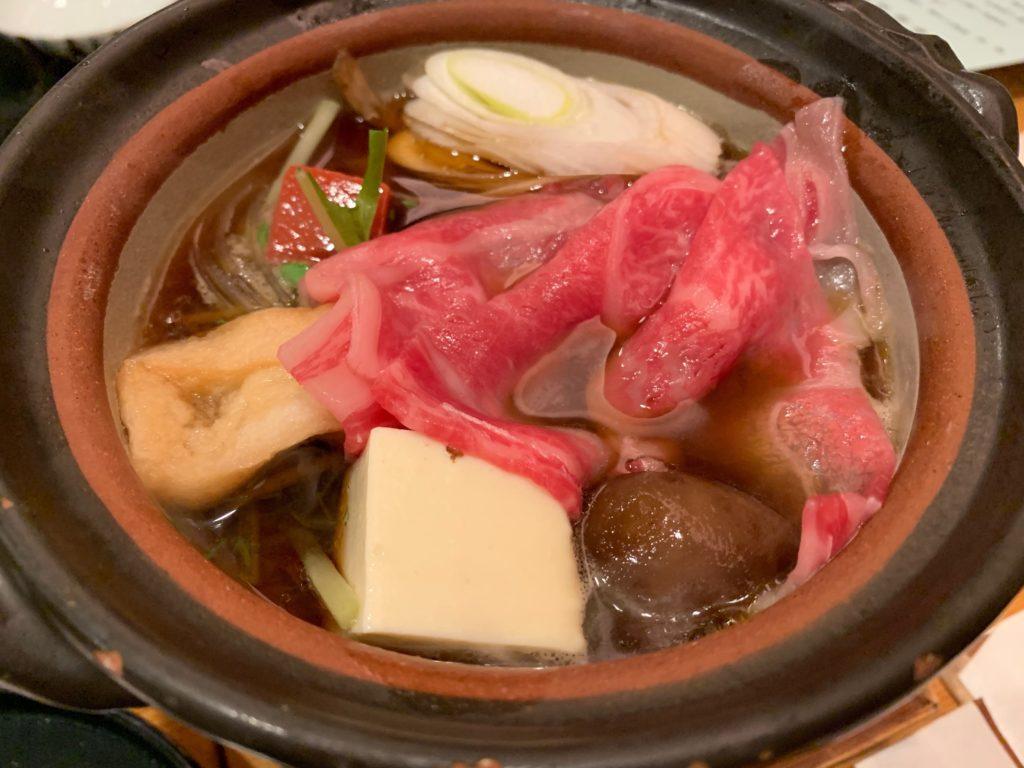 びわ湖大津プリンスホテルの『和食 清水』のすき焼き懐石の鍋物