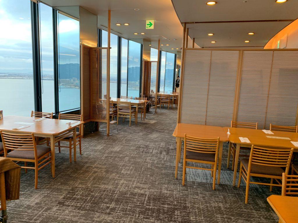 びわ湖大津プリンスホテルのスカイラウンジの『和食 清水』の館内