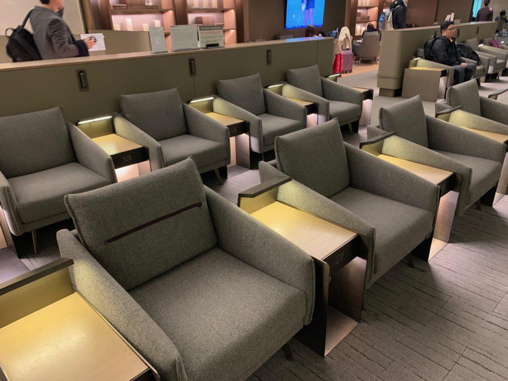 アシアナ航空『ビジネスラウンジ』の座席エリア