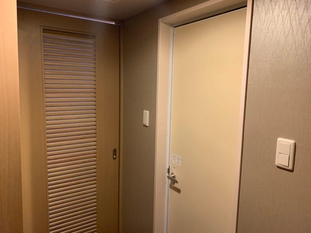 リッチモンドホテルプレミア武蔵小杉のモデレートツインルームの室内