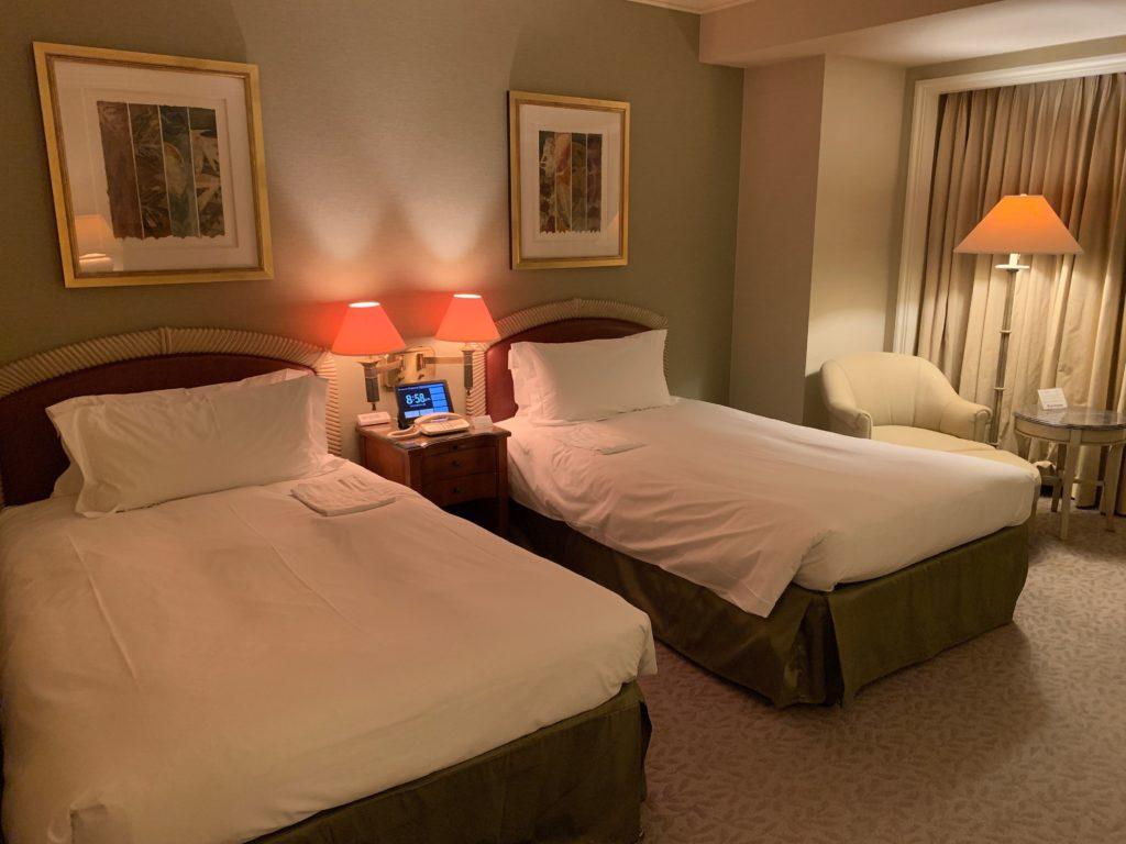 横浜ロイヤルパークホテルの宿泊フロアのデラックスツインルーム
