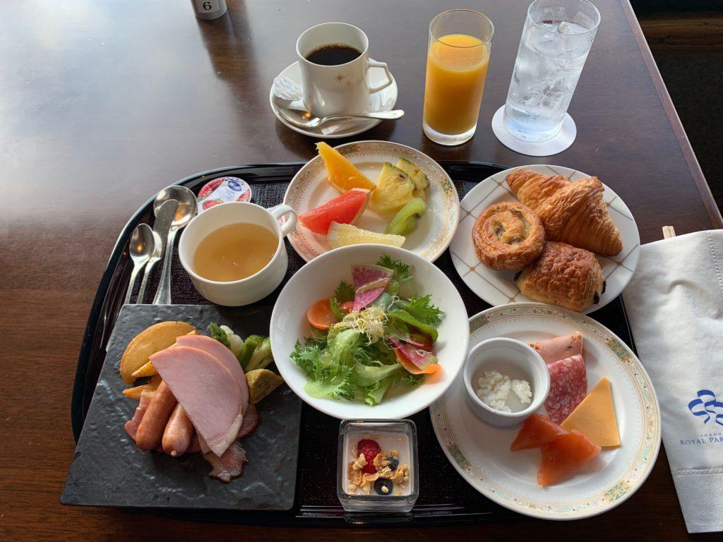 横浜ロイヤルパークホテルの70階スカイラウンジ・シリウスの洋朝食
