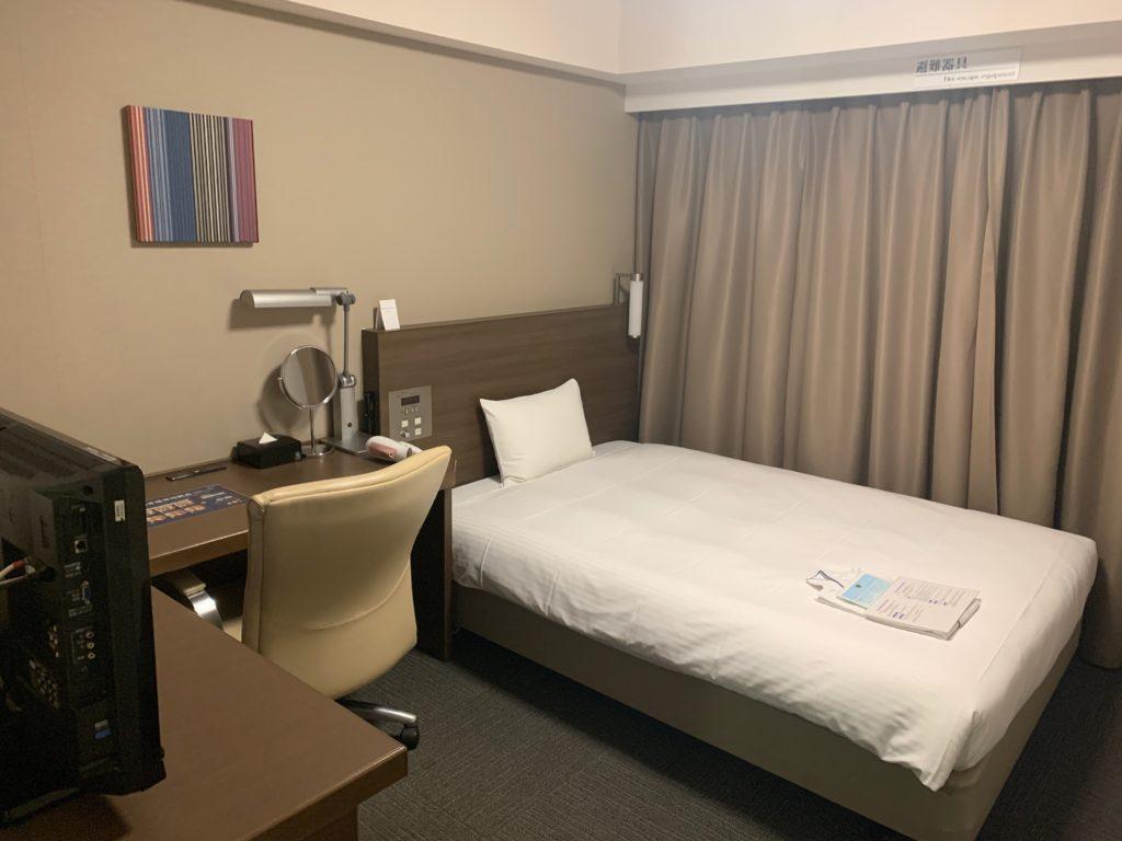 ダイワロイネットホテル横浜関内のビジネスルーム室内