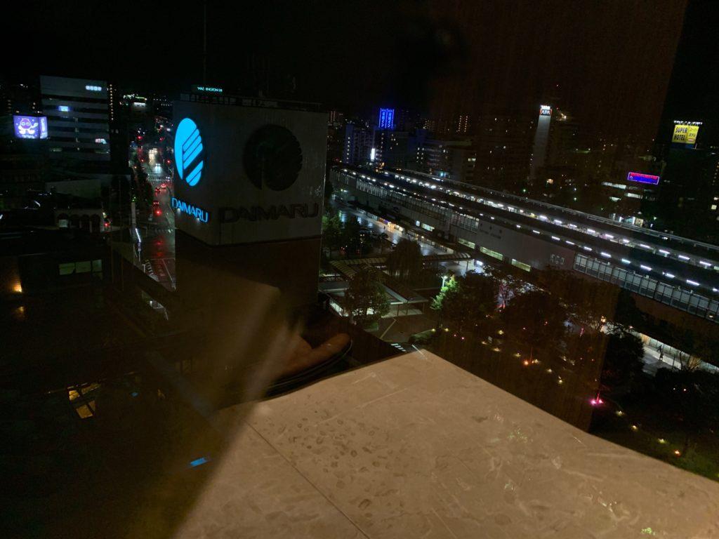ホテルニューオータニ鳥取の最上階13階のレストラン「グリルベルビュー」から眺める夜景
