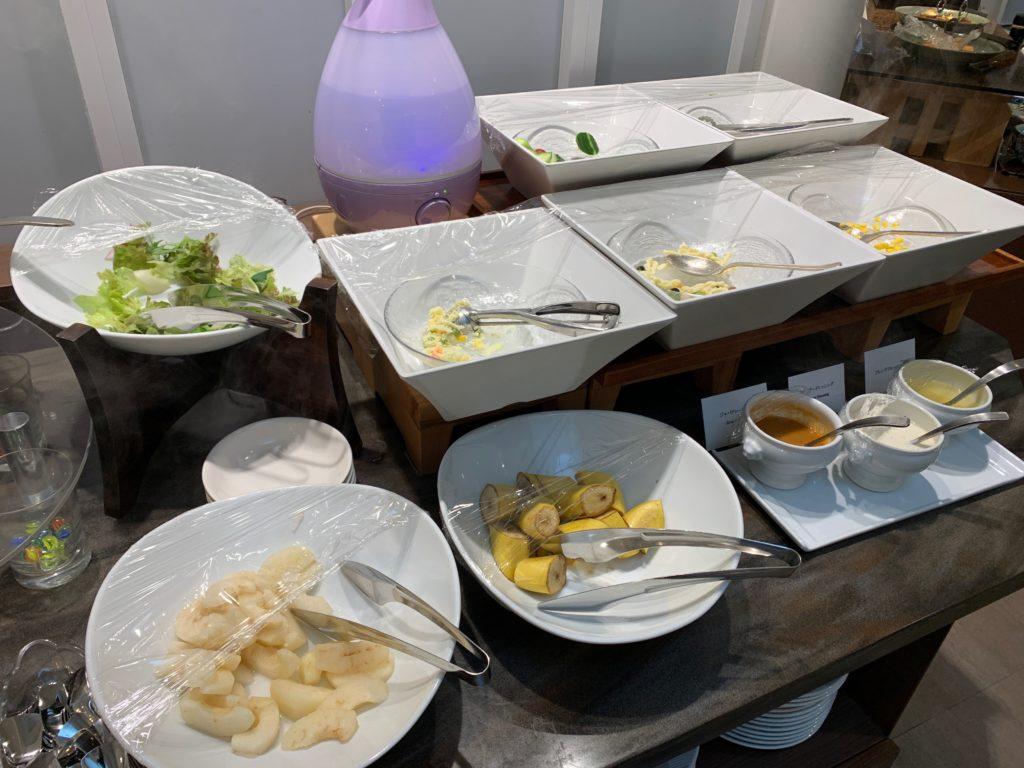 ホテルニューオータニ鳥取の2階のレストラン「パリエール」の朝食ビュッフェ