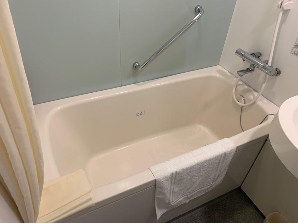 ダイワロイネットホテル横浜関内のビジネスルームのバスルーム