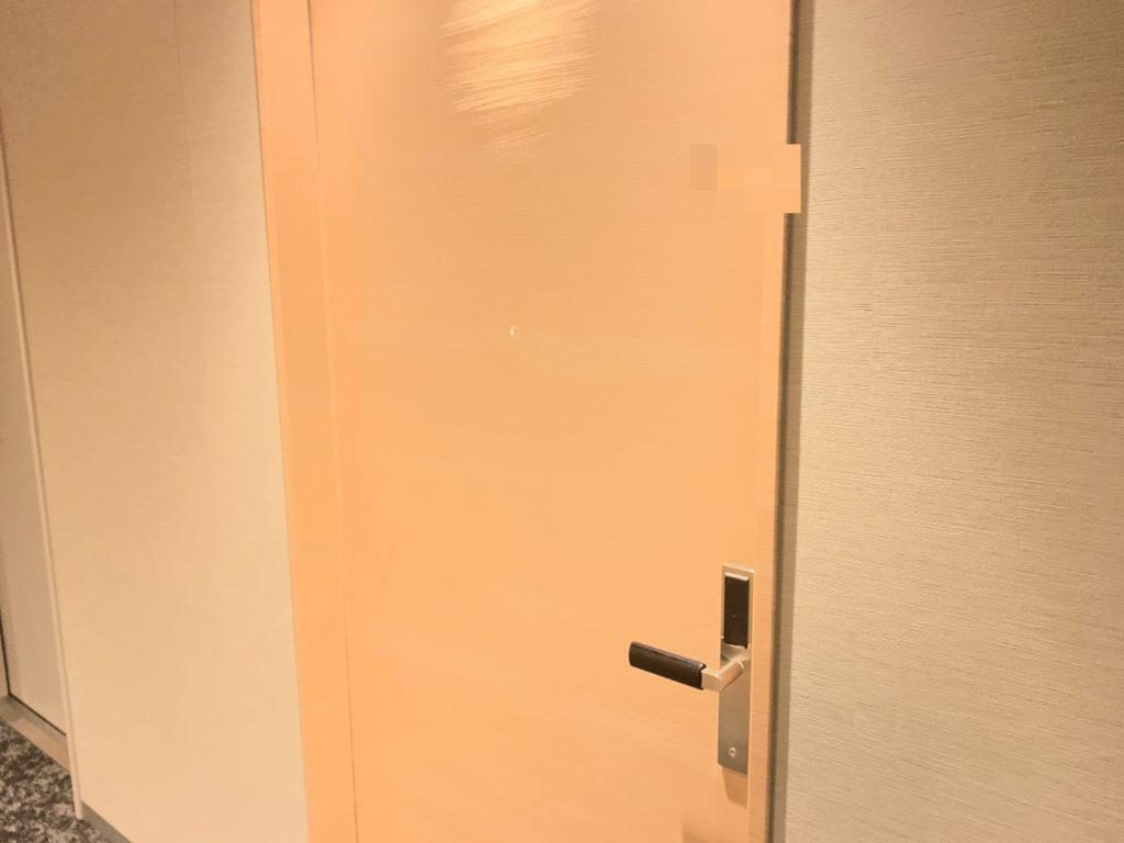 銀座  露天の湯  日和ホテル東京銀座EASTの客室ドア