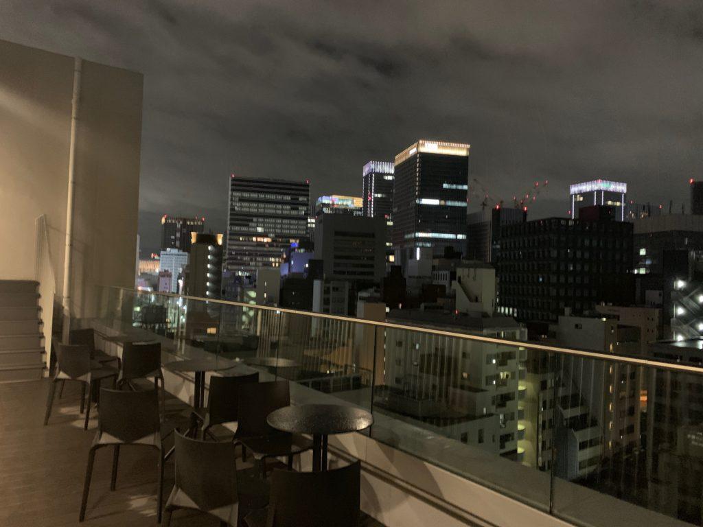 銀座  露天の湯  日和ホテル東京銀座EASTの最上階のスカイテラスから眺める夜景