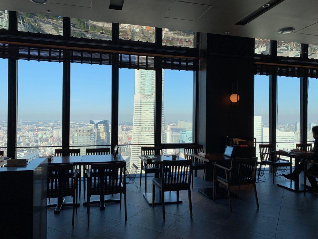 オークウッドスイーツ横浜の46階のレストラン「THE YOKOHAMA BAY」
