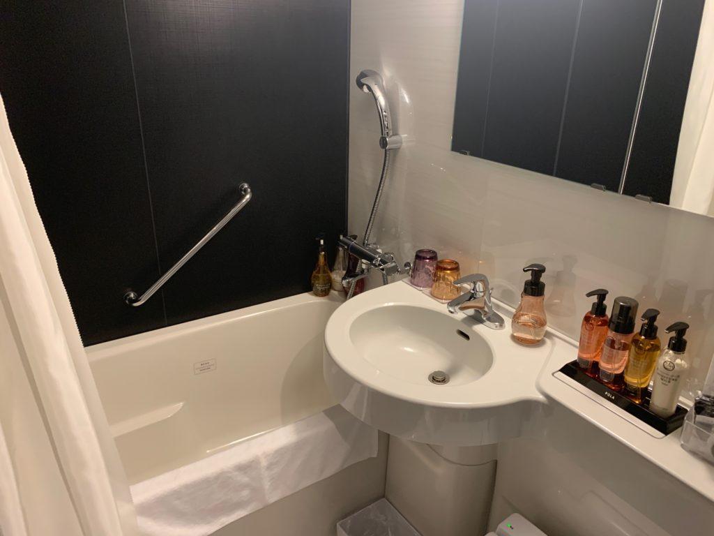 銀座  露天の湯  日和ホテル東京銀座EASTの客室バスルーム