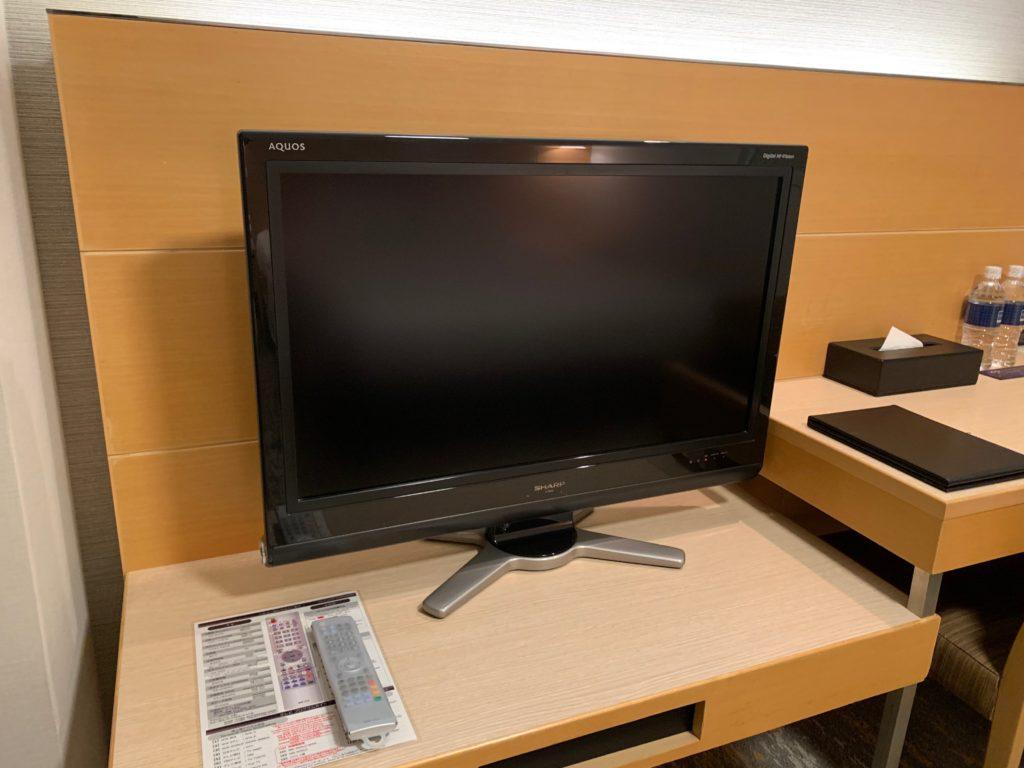 赤坂エクセルホテル東急のスーペリアダブル客室のテレビ