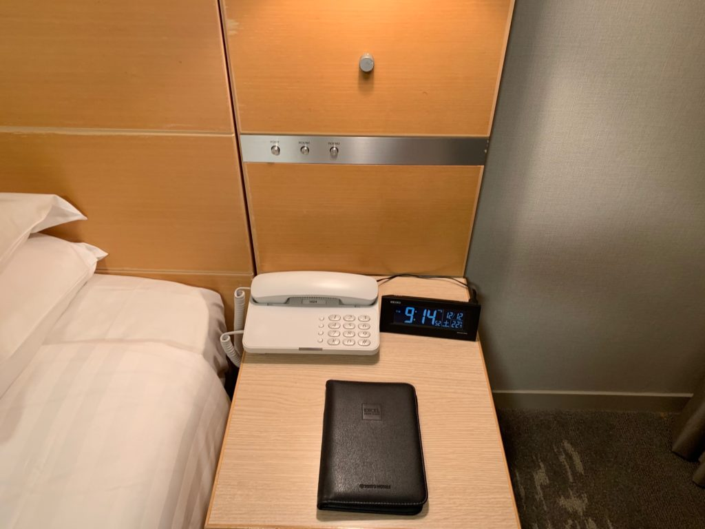 赤坂エクセルホテル東急のスーペリアダブル客室内