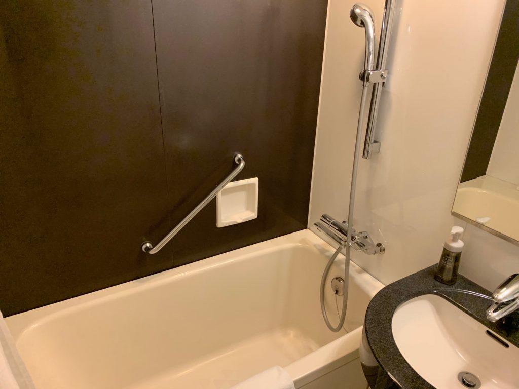 赤坂エクセルホテル東急のスーペリアダブル客室のバスタブ