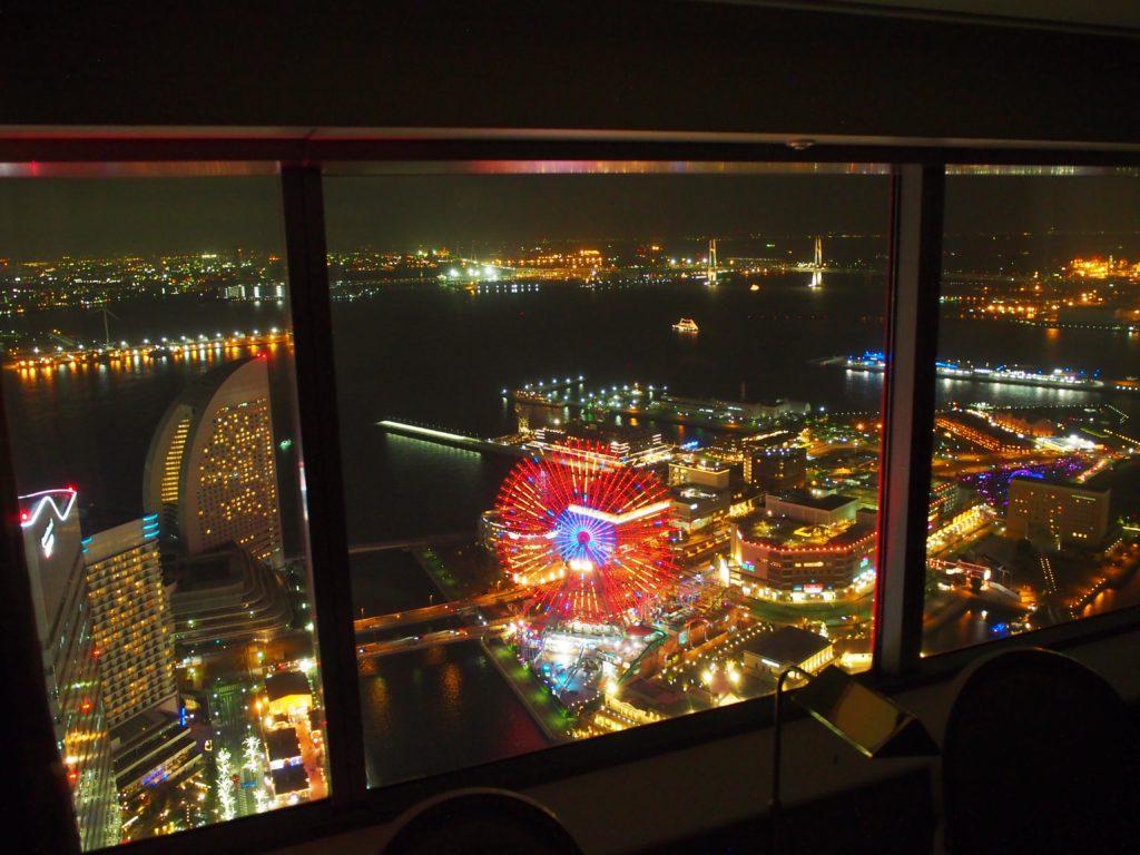 横浜ロイヤルパークホテル『コーナーツインルーム』からの夜景