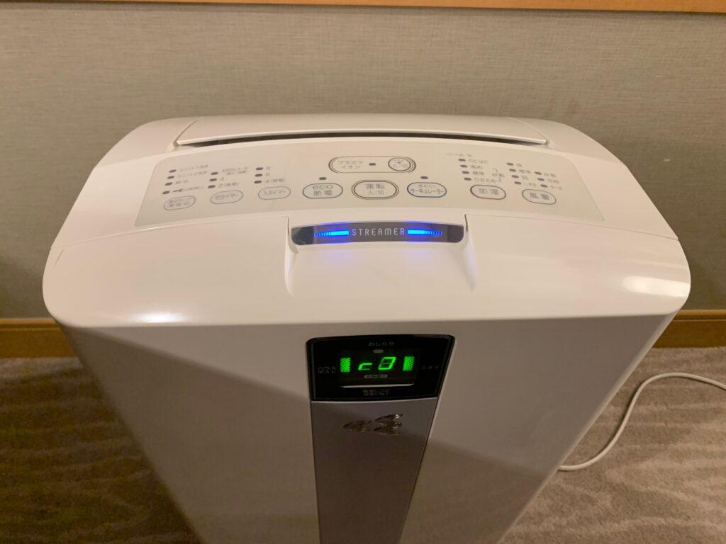 セルリアンタワー東急ホテルのコーナーキングルームの空気清浄機