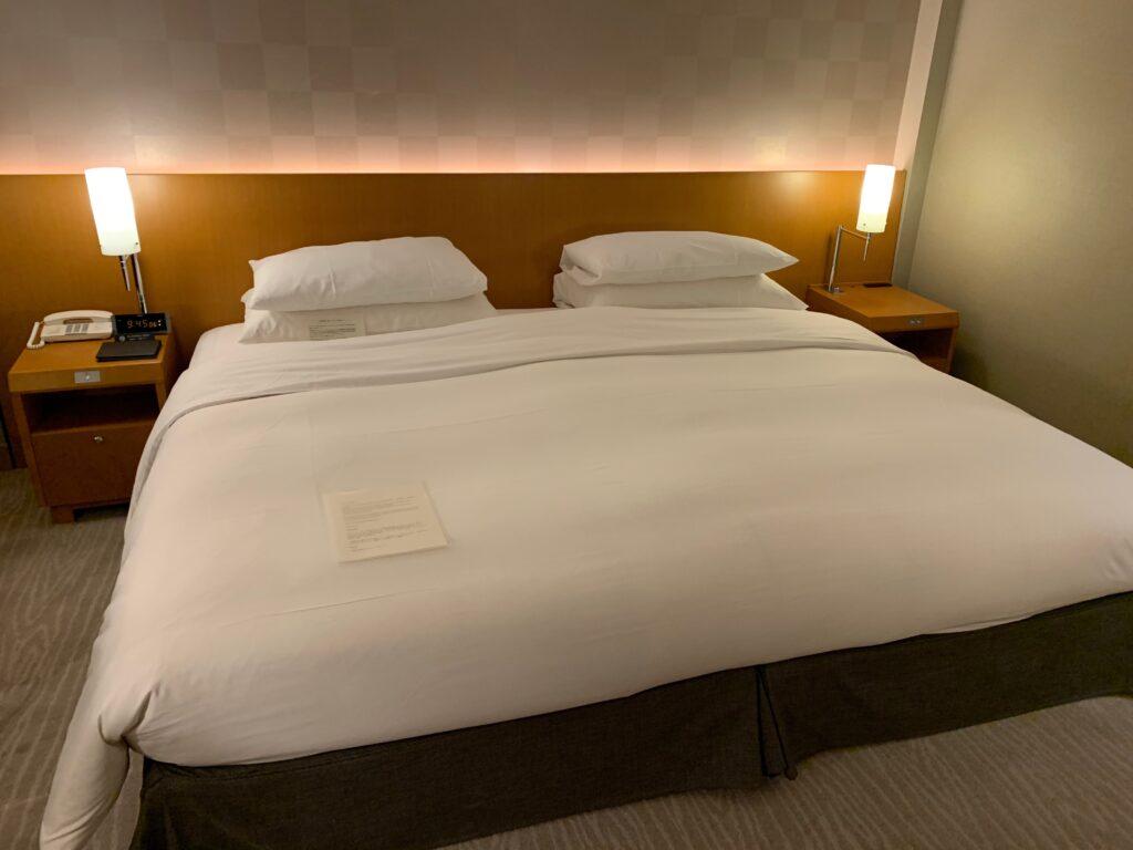 セルリアンタワー東急ホテルのキングサイズベッド