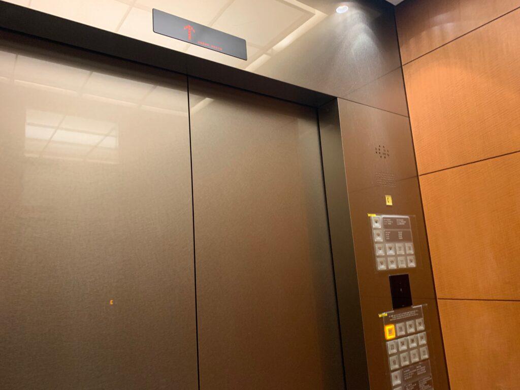 セルリアンタワー東急ホテルのエレベーター