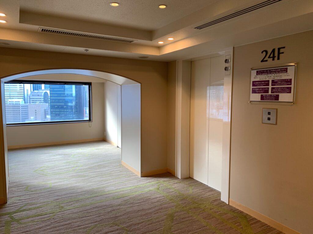 新宿プリンスホテルのエレベーターホール