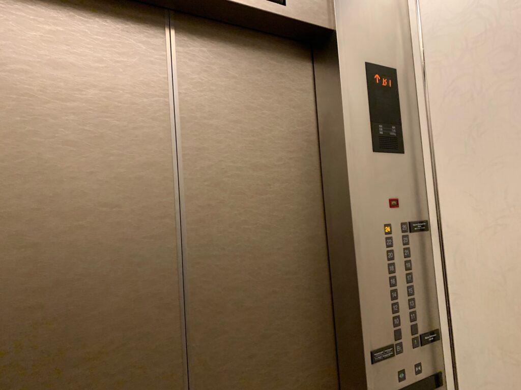 新宿プリンスホテルのエレベーター
