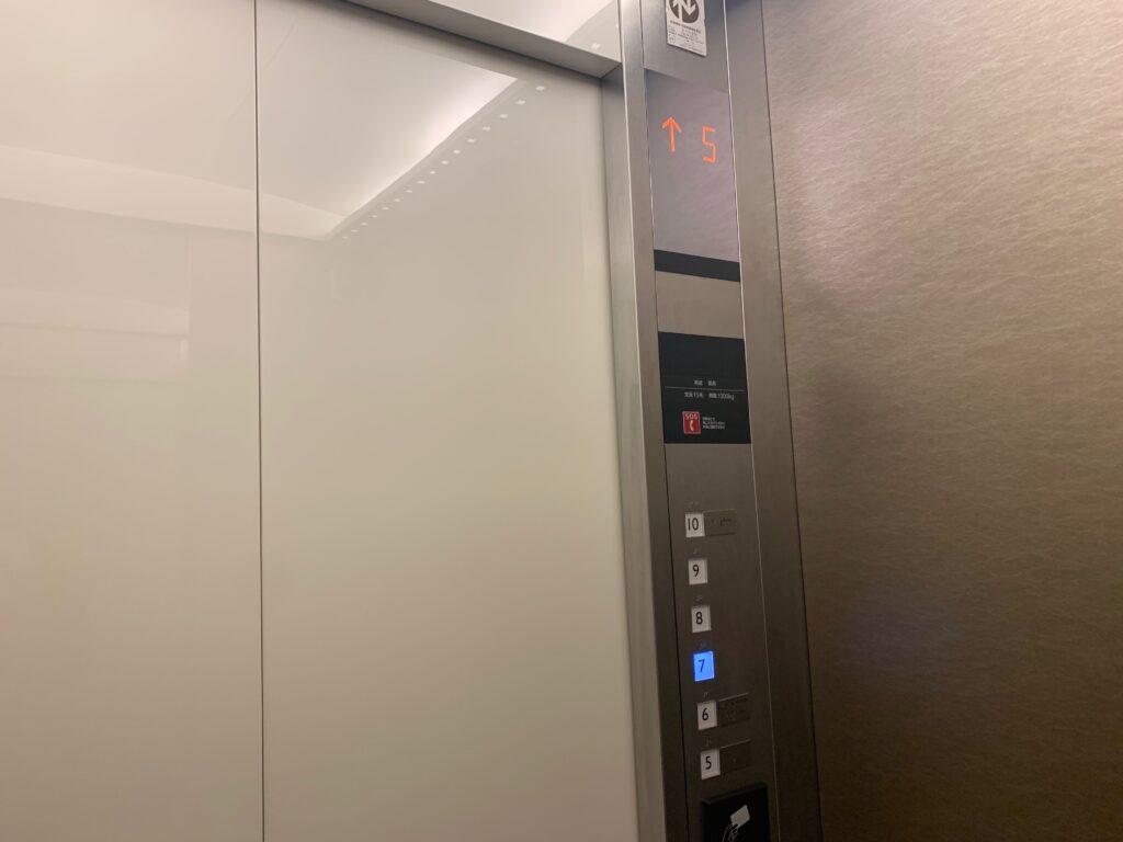 ホテルメトロポリタンさいたま新都心のエレベーター